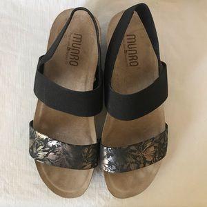 Munro Pisces Metallic Sandals